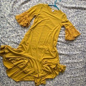 XXS LuLaRoe Maurine mustard yellow dress with lace